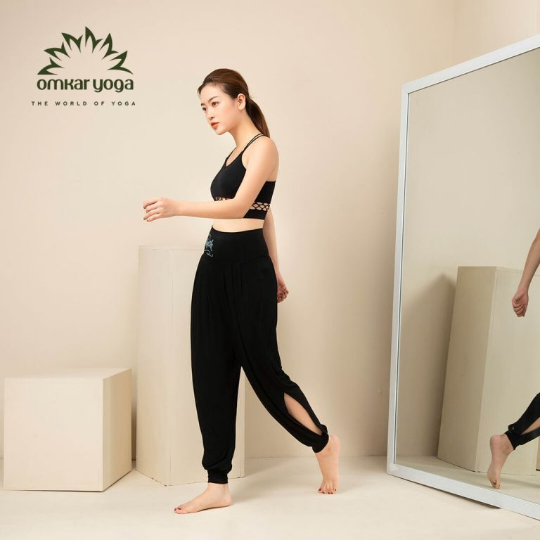Quần tập Yoga ống rộng xẻ sườn màu đen QD-CB011-L1