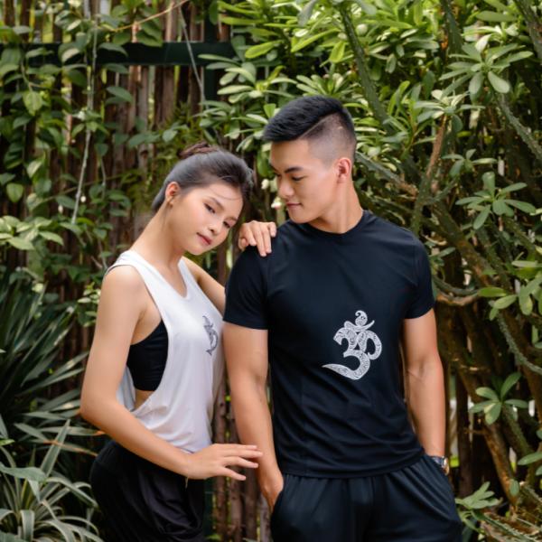 Áo tập Yoga nam màu đen họa tiết chữ Om ACT-CB015-L2